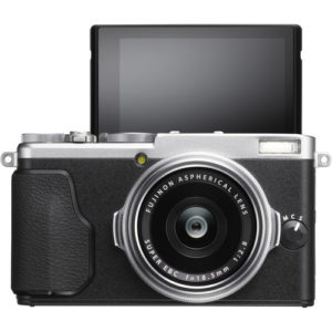 Fujifilm-X70 best point and shoot camera for selfie