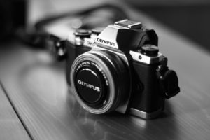 How to store DSLR camera at home?